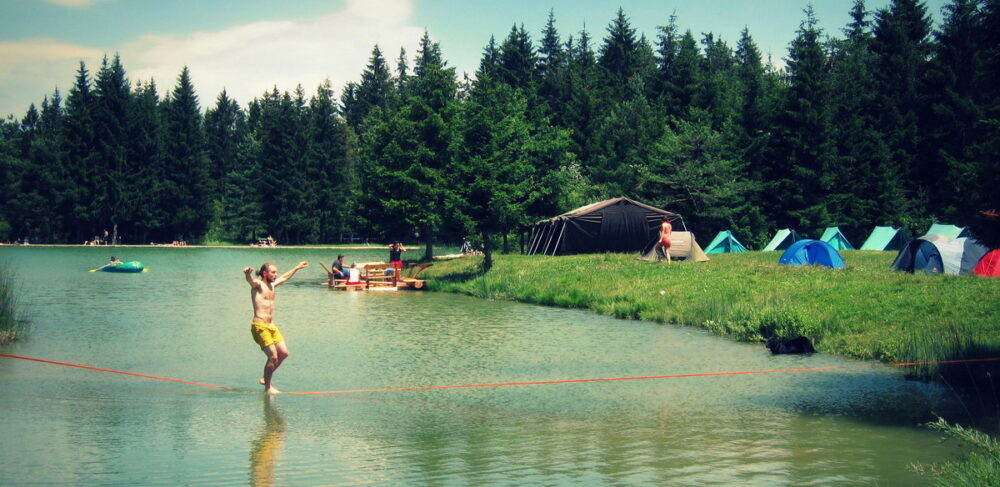 BALANSA SLACKLINE TEČAJ RAVNOTEŽJA - waterline - bloško jezero