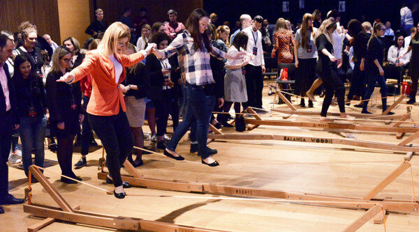 Balansa Slackline - Woodie indoor slackline -Ravnotežni izziv za dogodke