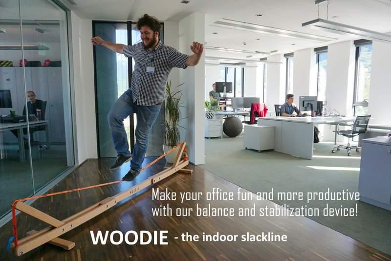 Balansa_Woodie_Indoor_Slackline_Office_workout